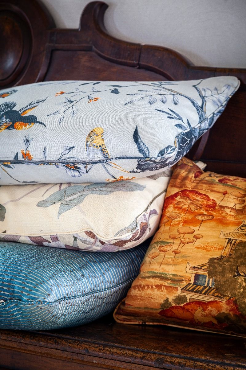 The Decorative Cushions 2