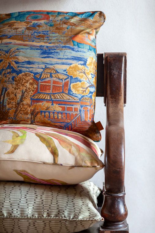 The Decorative Cushions 4